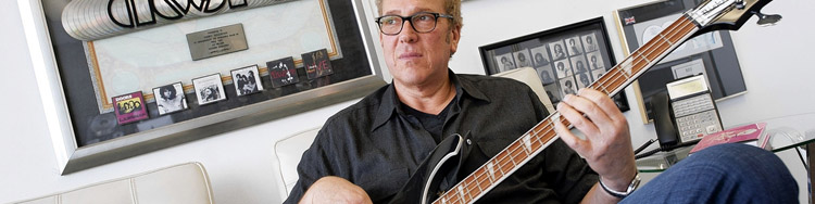 A TODSICHERES BUSINESS - Jeff Jampol manages faded rock stars