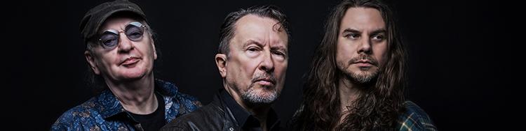 FARGO-PEDDER KNORN feiert das zweite Album nach der Reunion und sein neues Buch