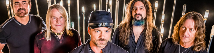 FLYING COLORS - Supergroup auf Raten