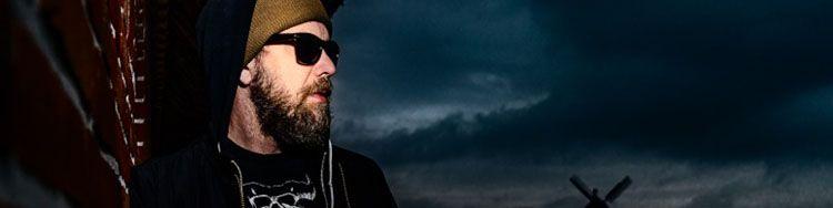 Musical Outlaw - ERIK COHEN combines Hardrock with German Lyrics