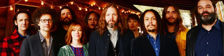 Rich Robinson wants to step out of his hippie brother's shadow with THE MAGPIE SALUTE
